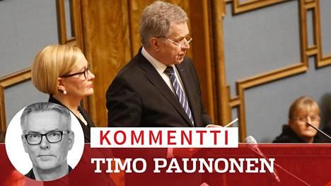 Puhemies Paula Risikko ja presidentti Sauli Niinistö eduskunnan vaalikauden päättäjäisissä.