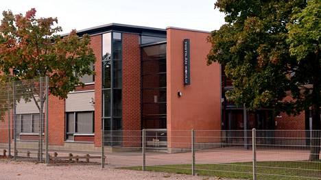 Oppilas on joutunut sairaalaan espoolaisen koulun liikuntatunnilta tällä viikolla.