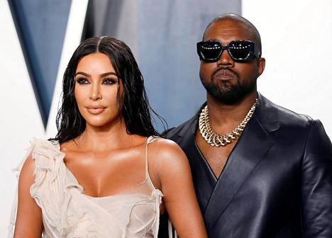 Kim Kardashian-West ja Kanye West kuvattuina helmikuussa 2020.