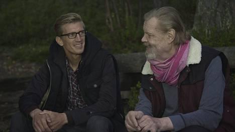 Jarkko Nieminen sai höpistyä vain kalsareista tavatessaan idolinsa, hän paljastaa Nelosen Loirinuotiolla-sarjassa.