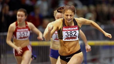 Nooralotta Neziri voitti 60 metrin aidat SM-hallikisoissa Tampereella sunnuntaina.
