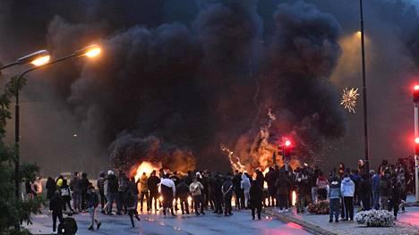 Malmössä protestit yltyivät osin mellakoiksi perjantaina.