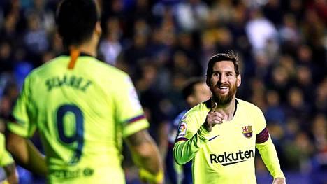 Lionel Messi mätti maaleja Barcelonan murskavoitossa