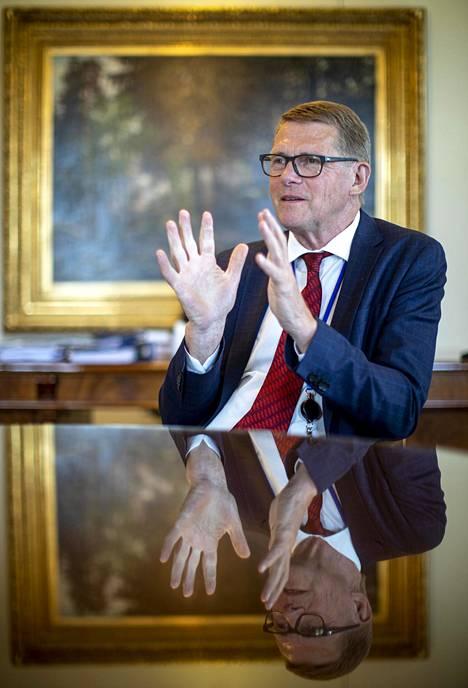 Matti Vanhanen uskoo, että Suomi kuuluu niihin EU-maihin, jotka pääsevät ilmastotavoitteisiinsa vuoteen 2030 mennessä.