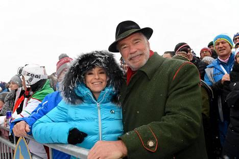 Arnold Schwarzenegger yhdessä naisystävänsä Heather Milliganin kanssa tammikuussa.