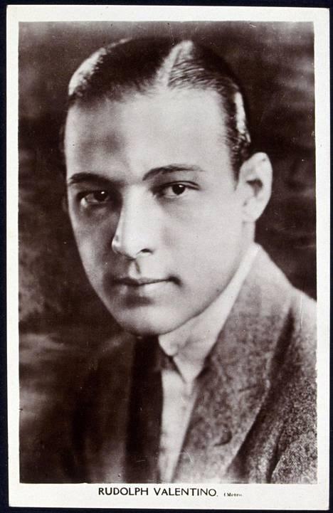 Italiassa syntynyt Rudolph Valentino oli aikansa suurimpia Hollywood-tähtiä.