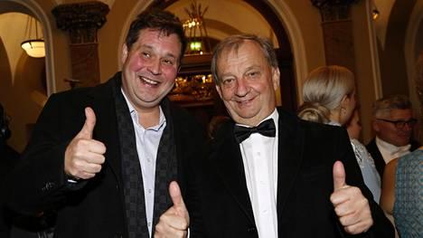 Hjallis Harkimo juhli Linnan juhlien jatkoilla yhdessä kiinteistövälittäjä ja mediapersoona Jethro Rostedtin kanssa.