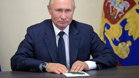 Putin ei kertonut, kumpi hänen tyttäristään on rokotettu koronavirusta vastaan.