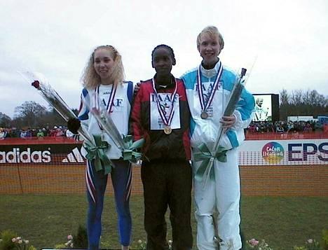 Annemari Sandellin (oik.) MM-pronssi maastojuoksussa Belfastissa 1999 oli äärimmäisen kova saavutus.
