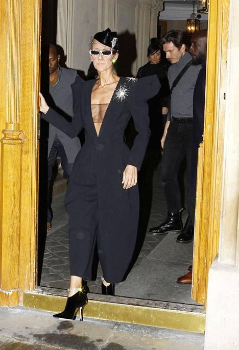 Celine Dionin hoikka ulkomuoto huolestutti fanit tammikuussa.