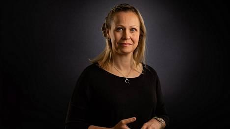 Entinen surmanajaja Heidi Leivo perusti miehensä kanssa Geego Kidsin Hämeenlinnaan. Hän on liikkuvan lapsuuden puolestapuhuja.
