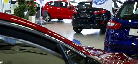 Autokauppiaisiin luottaa vain 31 prosenttia suomalaisista tuoreen kyselyn mukaan.