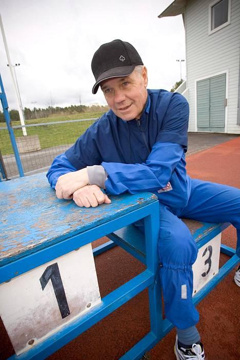 Saukkonen sai 1000 maratonia täyteen vuonna 2005. Sen jälkeen tahti on vain tiivistynyt.