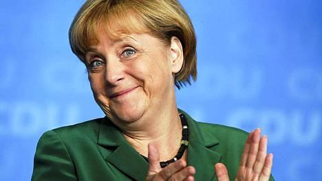 Liittokansleri Angela Merkelin mukaan asia tarkistetaan vielä, mutta hänkin vakuutti torstaina tuotteiden menneen normaaliin käyttöön.