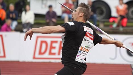 Antti Ruuskanen loukkaantui Joensuun kisassa.