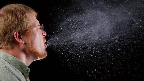 Koronaviruksen on todettu tarttuvan myös ilmateitse. Kuvituskuva.