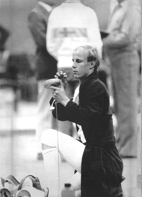 Viisiottelija Heikki Hulkkonen Moskovan olympialaisissa 1980.