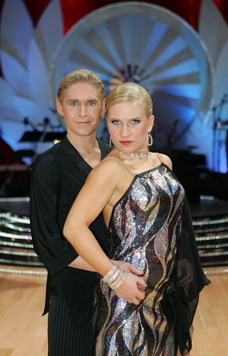 Mariko nähtiin myös Tanssii tähtien kanssa -kilpailussa vuonna 2007.