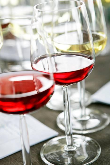 Alkoholia ei suositella minkään lääkehoidon aikana.