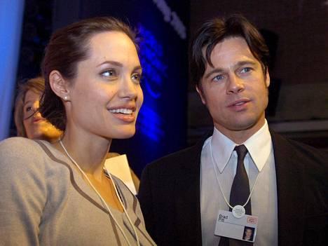 Vuonna 2006 syntyi parin ensimmäinen yhteinen biologinen lapsi.