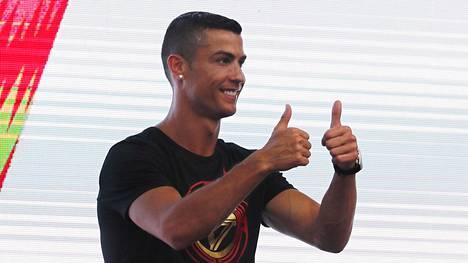 Cristiano Ronaldon huomaavainen ele yllätti hotellivirkailijat – antoi viisinumeroisen juomarahan