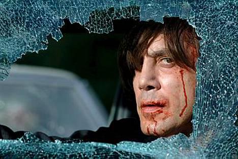 Javier Bardem esittää salaperäistä neropattia elokuvassa Menetetty maa.