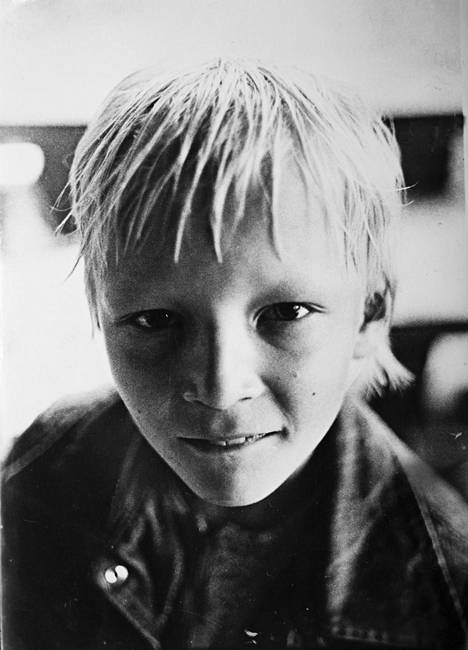 Kesät isovanhempien mökillä Puulavedellä olivat pikkupojan unelmaelämää.