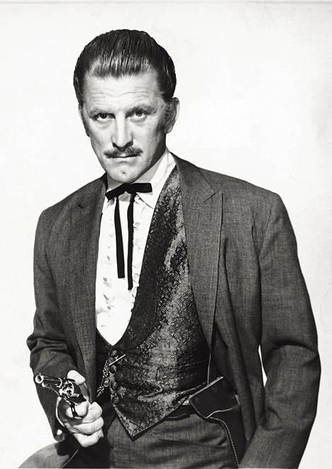 Kirk Douglas vuonna 1957.