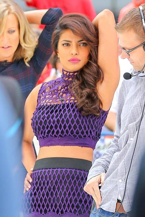 Priyanka Chopra esitteli taannoin tanssitaitojaan Good Morning America -ohjelmassa