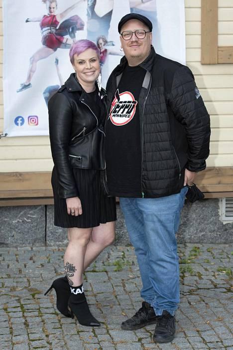 Pauliina ja Arttu Wiskari pyörittävät yhdessä iltapäiväkerhoketjua. Kuva viime lokakuulta.