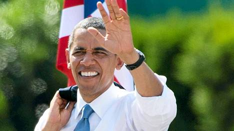 Näin iloisesti Barack Obama tervehti kansaa Berliinissä 19. heinäkuuta. Yhdysvaltojen presidentti suuntaa seuraavaksi Afrikan mantereelle.