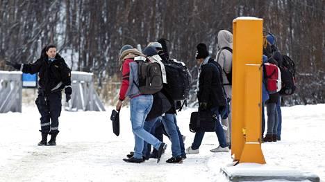 Venäjältä on lähtenyt runsaasti ulkomaalaisia Norjaan Storskogin raja-aseman kautta.