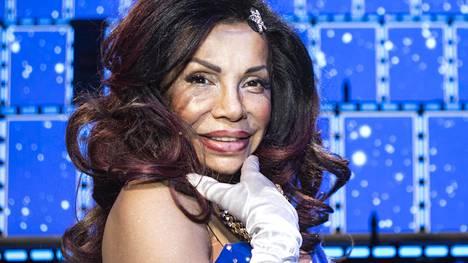 Soraya nauttii drag-kulttuurista ja panostaa siihen. Suunnitteilla on muun muassa drag-maailmaan keskittyvä hyvänmielen tv-ohjelma.