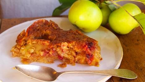 Puolukat ja omena sopivat kimppaan.