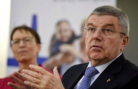 Kansainvälisen olympiakomitean puheenjohtaja Thomas Bach sai kuulla Itanin näkemyksiä urheilusta Helsingissä viime marraskuussa.