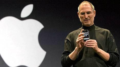 Steve Jobs esitteli iPhonen San Franciscossa Kaliforniassa 1.9.2007.