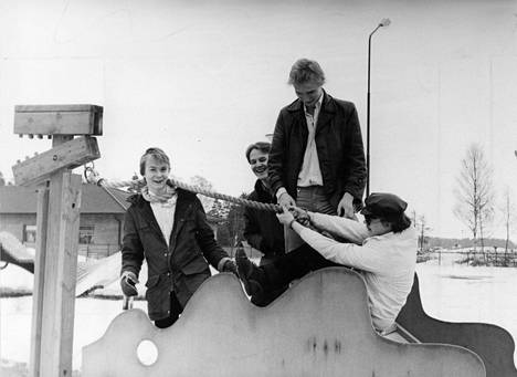 Hassisen kone vuonna 1980: Jussi Kinnunen, Reijo Heiskanen, Ismo Alanko ja Harri Kinnunen