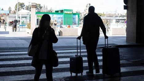 Suomalaismatkailija oli vuokrannut auton lentokentältä Madridissa. Kuva ei liity tapaukseen.