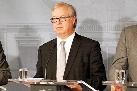 Akavan puheenjohtaja Sture Fjäder.