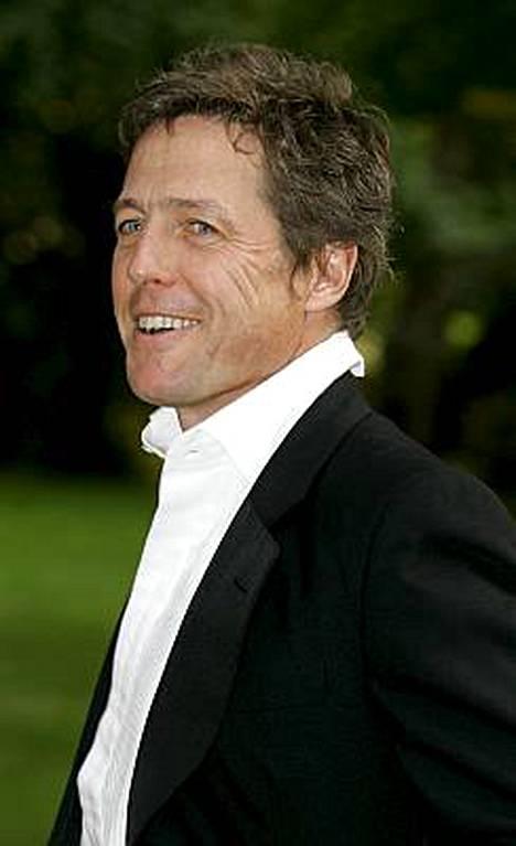Vuonna 1994 julkaistu Neljät häät ja yhdet hautajaiset teki Hugh Grantista tähden.