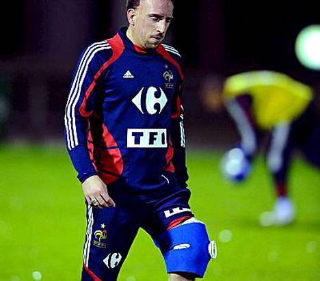 Franck Riberyn polvi ei kestä pelaamista.