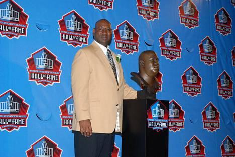 Cortez Kennedy valittiin NFL:n kunniagalleriaan eli Hall of Fameen vuonna 2012.