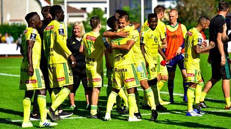 Ilves juhli voittoa jalkapallon miesten Suomen Cupin loppuottelussa.