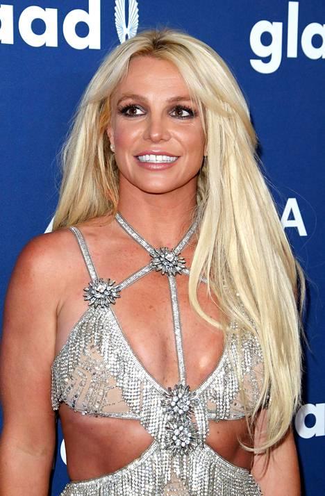 Spears on yksi ikonisimmista poptähdistä. Hänen suosionsa houkuttelee myös hyväksikäyttäjiä.