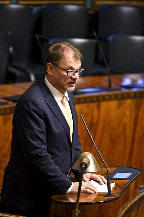 Juha Sipilä eduskunnassa tiistaina.