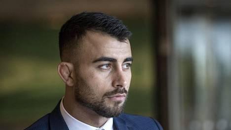 """Makwan Amirkhani purnasi nyrkkeilyturnauksen järjestäjille – julkaisi napakan tekstin: """"Olen rohkea mutta en tyhmä"""""""