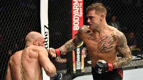 Conor McGregor jäi Dustin Poirierin nyrkkien alle.