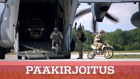 Nato valvoo Baltian maiden ilmatilaa ja ylläpitää pieniä määriä monikansallisia joukkoja Virossa, Latviassa ja Liettuassa. Kuva Yhdysvaltain ilmavoimien harjoituksesta Ämarin lentotukikohdassa viime heinäkuussa.