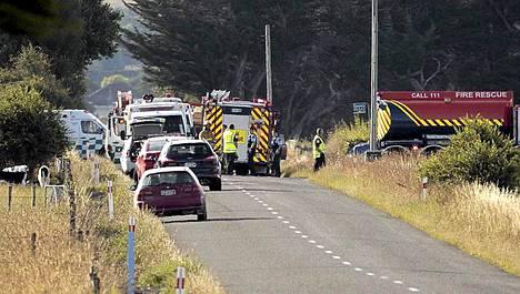 11 ihmistä kuoli, kun heitä kuljettanut kuumailmapallo iskeytyi voimajohtoihin Cartertonissa, lähellä Wellingtonia Uudessa-Seelannissa.