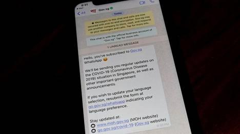 Myös valtiolliset tahot voivat jakaa koronatietoa WhatsAppilla. Näin tehdään muun muassa Singaporessa.